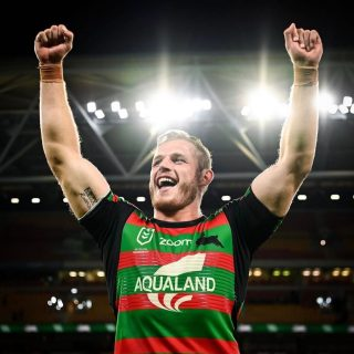 GIVEAWAY TIME 🐰In the spirit of @thomasburgess & the @ssfcrabbitohs playing in the NRL Grand Final. We are giving away a 4B Crew Sweater to everyone who guesses the final score correctly.  ⠀⠀⠀⠀⠀⠀⠀⠀⠀ How to Enter  1. Be following @4b_label 2. Comment below the final score for Sundays game 3. Tag 2 bunnies supporters ⠀⠀⠀⠀⠀⠀⠀⠀⠀ Go the Bunnies!  ⠀⠀⠀⠀⠀⠀⠀⠀⠀ The competition ends at 6 pm (AEST) Sunday 3rd October.  Winner Announced 9 am (AEST) Monday 4th October. All steps must be followed to win.  ⠀⠀⠀⠀⠀⠀⠀⠀⠀ T&C's: This giveaway is not sponsored, endorsed or administered by, or associated with Instagram or Facebook. To view all T&C's visit the website  Image via ~ @ssfcrabbitohs  . . . #4blabel #mensfashion #makeityours #properclass #leaveyourmark #burgessbrothers #burgess #RESET #mensfashion #streetwear #nrlgrandfinal #nrl #southsydneyrabbitohs